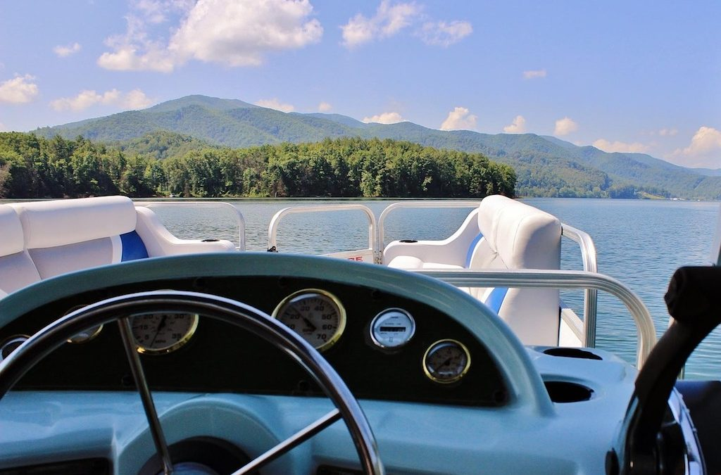 Tramms Pontoons – Why The Pontoon is the Perfect Boat For You